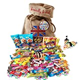 Retro Sweets 100 Pieces Birthday Assortment by The Yummy Palette | Vintage Süßigkeiten Geschenkkorb aus Großbritannien Fizz Wizz, Maoam Stripes, Haribo, Rainbow Drops ... in Basically British Burlap Bag with Birthday badge and confetti