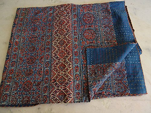 Sophia Art Bleu Rouge Ajrakh Kantha traditionnel, taille double Main point de Kantha Ajrakh Bed-cover, indienne Bohemian Kantha Ajrakh Couette (Multi)