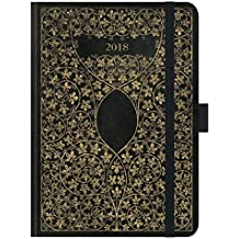 """Premium Timer Big """"Antik - Schwarz"""" 2018: Hochwertiger Buchkalender. Terminplaner mit Wochenkalendarium, Gummiband und Stifthalter. 12 x 17 cm"""