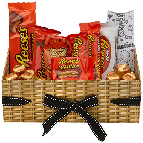 reeses-american-treasure-box-by-moreton-gifts-reeses-minis-big-cup-pieces-white-cup-3-cup-crispy-cru