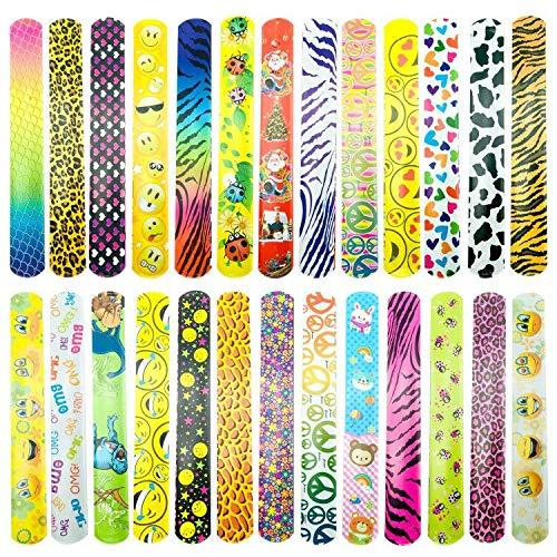 CKANDAY 26 Stück Slap Bracelets Party Favors Pack mit verschiedenen Mustern, Emoji, Tiere, Herz-Print-Design, Retro Kinder Slap Wrist Bands für Füllstoffe Schule Goodie Bag Little Toys