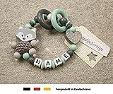 Baby Greifling Beißring geschlossen mit Namen | individuelles Holz Lernspielzeug als Geschenk zur Geburt & Taufe | Mädchen & Jungen Motiv Fuchs und Herz in grau mint