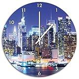 New York City Skyline Nacht, Wanduhr Durchmesser 48cm mit weißen spitzen Zeigern und Ziffernblatt, Dekoartikel, Designuhr, Aluverbund sehr schön für Wohnzimmer, Kinderzimmer, Arbeitszimmer