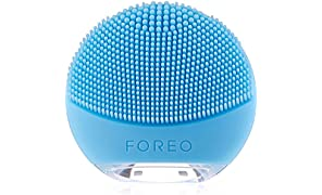 FOREO LUNA go Portable and Personalized Facial Cleansing Brush with Anti-Aging for Combination Skin, USB Rechargeable and Waterproof