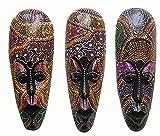 Un estilo Aborigen máscara pintada con puntos, pintado a mano madera 30cm de altura colgante de...