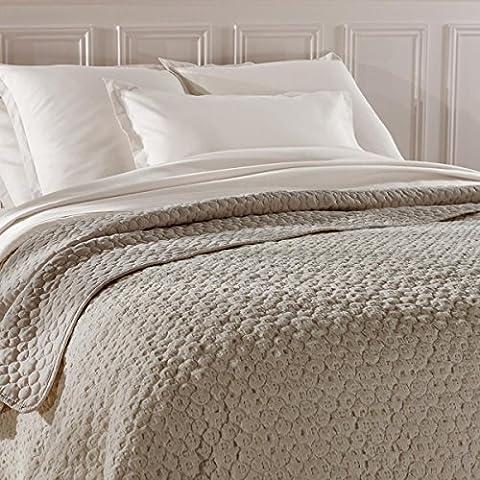 Grand dessus de lit matelassé LUXUEUX - Doux et chaleureux
