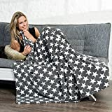 CelinaTex Kuscheldecke 150x200 Motiv Sterne, Mikrofaser Coral-Fleece Weich und Flauschig, Tagesdecke Grau Moonlight 5001000