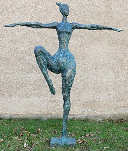 Große Tänzerfigur - XXL Gartenskulptur - Dancing Queen - signiert Milo - Tänzerin - Moderne Kunst - Moderne Skulpturen kaufen