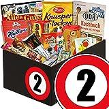 DDR Box mit Süßigkeiten zum 2. Jahrestag | Süßigkeiten Box | DDR Box mit Halloren Kugeln Classic, Viba Nougat Stange, Puffreis Schokolade und vielem mehr