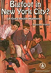 Bigfoot in New York City? (Cover-To-Cover Novels) by Dorothy Francis (1999-01-01)