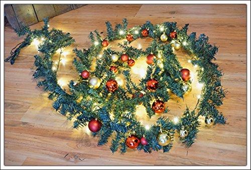 LED Weihnachtsgirlande - Länge: 5m - mit 80er LED Lichterkette und Christbaumkugeln - für Innen und Außen