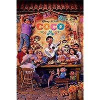 Póster Disney Pixar Coco - Family (61cm x 91,5cm) + 2 marcos transparentes con suspención