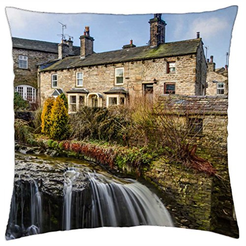 river running through hawes england - Throw Pillow Cover Case (18\