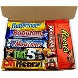 Mini Cesta Chocolate Americano| Surtido incluye Reeses 3 Musketeers Butterfinger | Golosinas para Navidad Reyes o para regalo | En una Caja de Regalo del Caramelo Retro