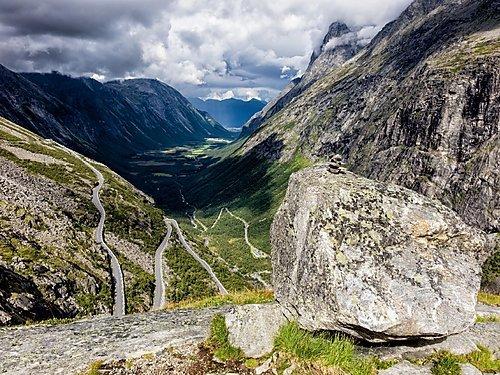 Der Trollstigen 1000 Teile Puzzle quer: Der Trollstigen in Norwegen (CALVENDO Natur): Alle Infos bei Amazon