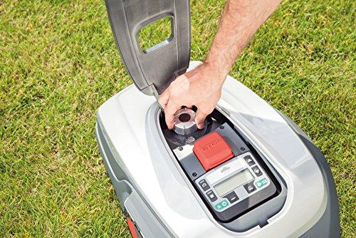 AL-KO Mähroboter Robolinho 500 I (20 cm Schnittbreite, 20 V/2,25 Ah Li-Ion Akku, für Rasenflächen bis 500 m², Steigfähigkeit bis 45%, Schnitthöhe 25 - 55 mm, Smart Garden Anbindung) - 4