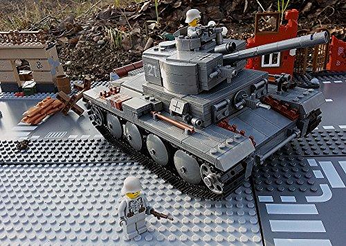 Modbrix 82009 - ✠ Bausteine Panzer T-34 Beutepanzer, knapp 900 Teile, inkl. custom Wehrmacht Soldaten aus original Lego© Teilen ✠