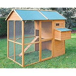 Corral casero para gallinas y aves de corral.