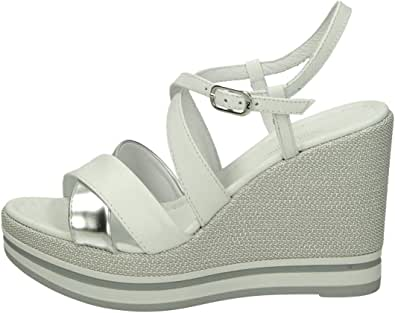 Sandalo da Donna NeroGiardini in Pelle Champagne o Bianco E012460D. Scarpa dal Design Raffinato. Collezione Primavera Estate 2020