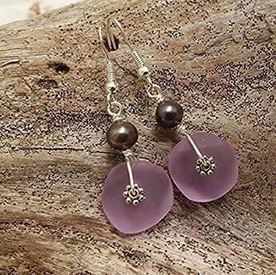 """Fait à la main à Hawaii, boucles d'oreilles en verre violet de mer «Magical Color Changing», perle pourpre d'eau douce, crochets en argent sterling,""""pierre de naissance de février"""""""