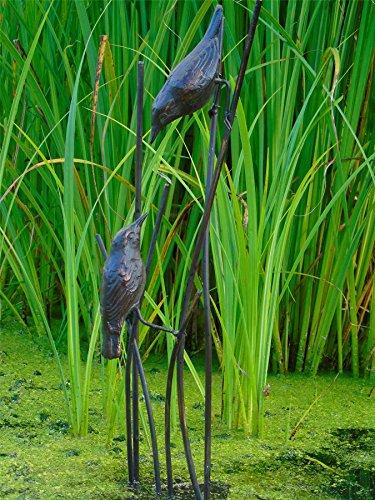 Vögel auf Blättern Garten Statue. In Eisen gegossen mit einem Aged Bronze Finish