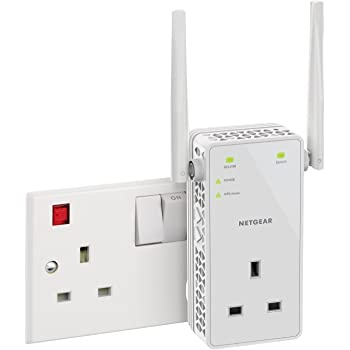 NETGEAR 11AC 1200 Mbps Dual Band Gigabit 802.11ac (300 Mbps + 900 Mbps) Wi-Fi Range Extender with External Antennas and Extra Power Outlet (Wi-Fi Booster) (EX6130-100UKS)