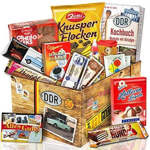Süssigkeiten Box mit DDR Waren | Ostpaket DDR Geschenkbox | DDR Süßigkeiten-Box | Halloren Kugeln, Trabi Puffreis,...