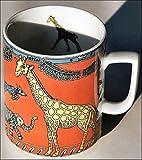 GIRAFFE (Grundfarbe rot) - BOPLA! Maxitasse 0,3l Serie WILFLIFE Kaffee- Tee- Glühwein- Becher, Maxi Tasse, Mug, Maxi Taza, Maxi Cup, Maxit Taza 0,3 l, 10-1/2 fl. oz. Einzelgewicht: 302g - Geeignet für alle heißen und kalten Getränke. Ihre Geschenk-Idee zum Sammeln. Platzsparend stapelbar. In verschiedenen Dekoren und Farbvariationen zur Auswahl BOPLA Porzellan kann bunt gemischt werden und es passt immer zusammen. So sieht Ihr Tisch jeden Tag anders, jeden Tag frisch aus. Ein Schweizer Qualitätsprodukt an dem Sie lange Jahre Freude haben werden.
