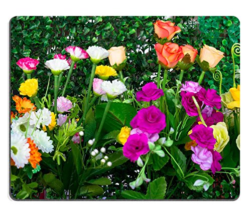 msd-caucho-natural-gaming-mousepad-imagen-id-35042303-colorful-flower-decoration-en-cesped-artificia