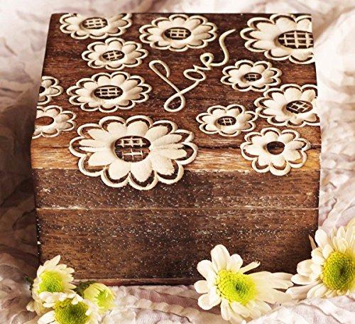 Amor de madera caja de joyería/caja de recuerdos con motivos florales