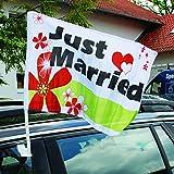 Weddix Autoflagge Hochzeit Just Married mit Blüten und Herzen - Fahne für die Autodeko, personalisierbar mit Namen des Brautpaares
