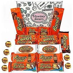 Paquete grande para regalo de caramelos Reeses   Surtido incluye mantequilla de Cacahuete y mini bocados de Nueces   18 artículos en caja de regalo retro de dulces por correos.