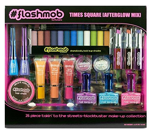 Flashmob Times Square Coffret 28 Produits de Maquillage