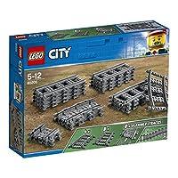 LEGO City 60205 Ferrovie evitare tutti gli ostacoli con il divertimento e flessibile LEGO City 60205 Ferrovie! Fare ferrovia ancora più a lungo, in modo da poter scoprire nuovi luoghi con il treno. Assicurati che il tuo residenti LEGO City sono soddi...