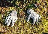 Originelle Gartendeko oder Hochzeitsgeschenk Set rießige Hände filigran muskulös handgefertigt frostfest Deko für Garten Terassen Steinfiguren