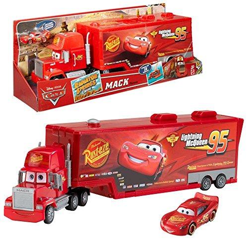 Preisvergleich Produktbild Disney Cars 2 - Mack Truck Cast Sammelkoffer Tragekoffer & Lightning McQueen