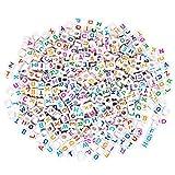 Sumaju 500Stück Buchstabenperlen aus Kunststoff, Alphabet-Perlen mit einzelnen Buchstaben, zum Kartenbasteln und Selbermachen von Schmuck, würfelförmige Perlen von A bis Z, 6x 6mm, für Schlüsselanhänger, Armbänder, Ketten, festliche Basteleien für Weihnachten, Zufällige Farbe wird geliefert