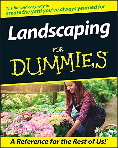 Landscaping For Dummies by Phillip Giroux (1999-01-27)