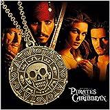 """Collar y colgante de metal. Film PIRATAS DEL CARIBE (PIRATES OF THE CARIBBEAN). Modelo """"Cráneo"""". Color de bronce antiguo."""