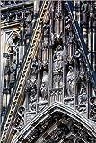 Poster 100 x 150 cm: Fassaden Detail am Kölner Dom von Editors Choice - Hochwertiger Kunstdruck, Kunstposter