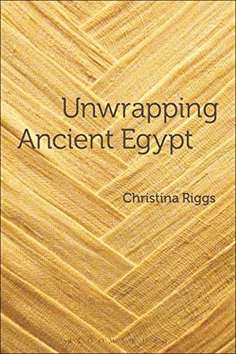 Unwrapping Ancient Egypt - Kostüm Ceremonie