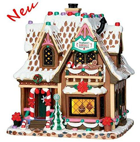 Lemax - Stephanie's Sweet Shoppe - Beleuchtetes Süßigkeitenhaus - Höhe: 20,4cm - Batteriebetrieben - Porzellan - Thema: Sugar'n Spice (Porzellan-weihnachtsdorf)