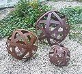Kugel 40 cm aus Metall Edelrost Rost Streifenbandkugel Eisen Deko Garten von terracotta toepfe de - Du und dein Garten