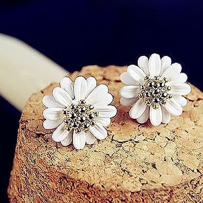 Topstaronline® white chrysanthemum earrings