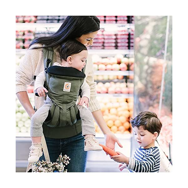 ERGObaby Baby Carrier Newborn to Toddler, 4-Position Omni 360 Khaki Green, Front Back Child Carrier Ergobaby Ergonomic Baby carrier with 4 wearing positions: parent facing, on the back, on the hip and on the front facing outwards. Four ergonomic carry positions and easy to use. Adapts to baby's growth: Infant baby carrier newborn to toddler (7-33 lbs./ 3.2 to 20 kg), no infant insert needed. Maximum comfort for parents: Longwear comfort with lumbar support waistbelt and extra cushioned shoulder straps. 9