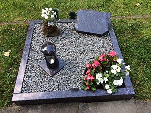 Urnengrab Grabstein Urnengrabstein Granit Orion Grabmal Grabumrandung 80cm x 80cm inklusive Liegestein, Granitlaterne und Gravur