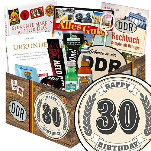 30. Geburtstag   DDR Korb   mit Bier, Schnaps, Kondomen und mehr   GRATIS Aufkleber - 30. Geburtstag (Schnaps-korb-ideen)