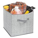mDesign Organizador de maletero – Versátil cesto de tela, ideal para guardar accesorios para el coche – Práctico organizador de coche para el portaequipajes – Color gris