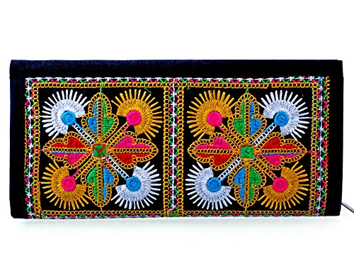 Para Women Traditional Hand Clutch Ladies Embroideries Wallet, Black  available at amazon for Rs.299