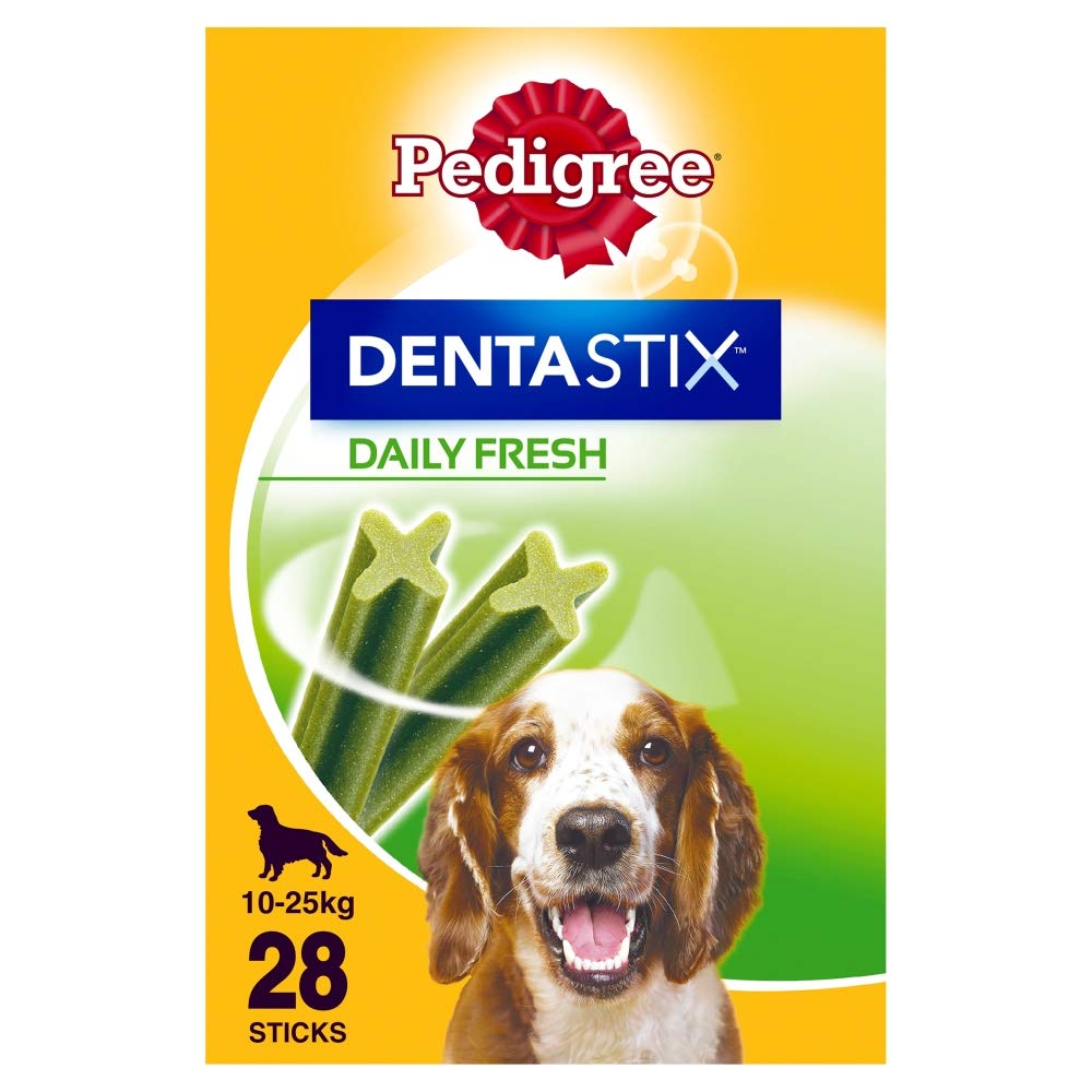 Pedigree Dentastix Fresh – Daily Dental Care Chews, Medium Dog Treats from 10-25 kg, 1 Box (1 x 720 g / Total of 28 Sticks)